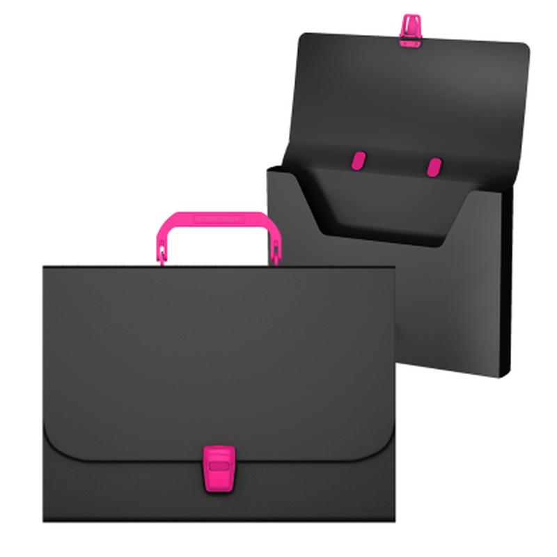 Портфель пластиковый ErichKrause® Matt Accent , A4, черный с розовой ручкой и замком 50439