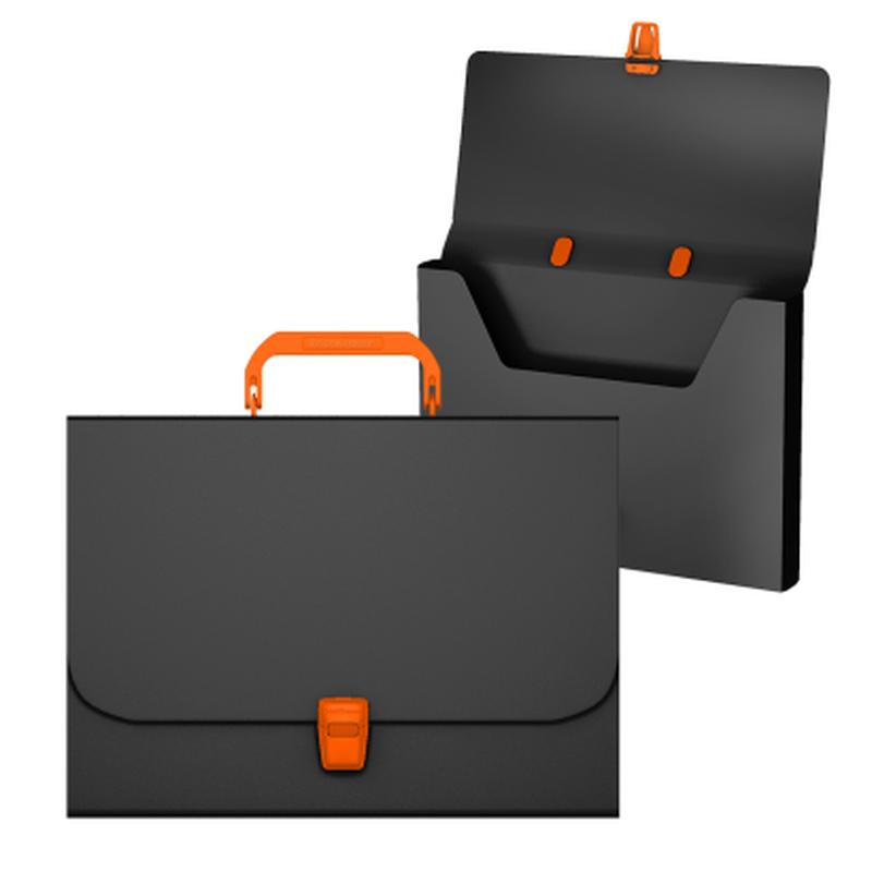 Портфель пластиковый ErichKrause® Matt Accent , A4, черный с оранжевой ручкой и замком 50441